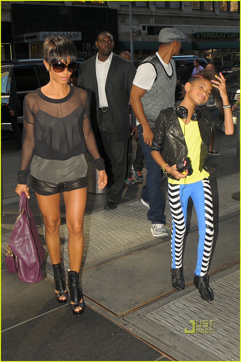 Willow Smith Circus Of The Stars