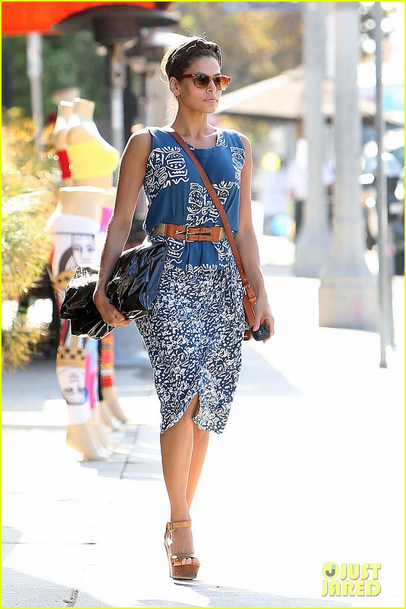 Celebrity summer street style images Fashion celebrity street style