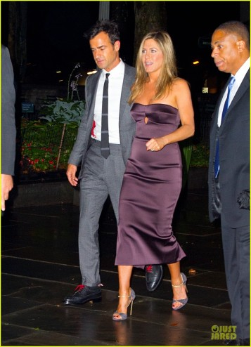jennifer-aniston-justin-theroux-were-the-millers-after-party-01