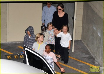 *EXCLUSIVE* Angelina Jolie and the kids leaving the Strike Bowling centre **USA ONLY**