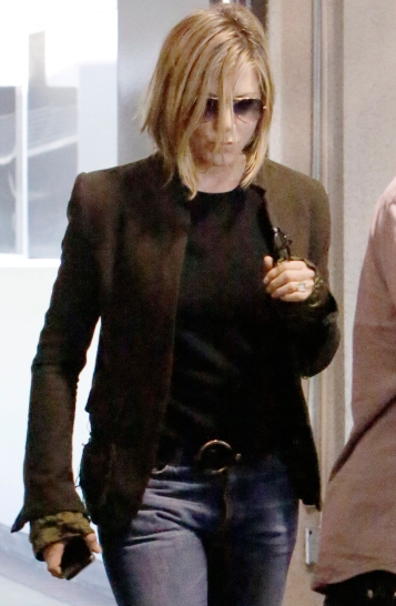 EXCLUSIVE Jennifer Aniston with a new haircut and pregnant leaving doctors