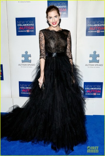 allison-williams-kelly-rowland-winter-ball-for-autism-03