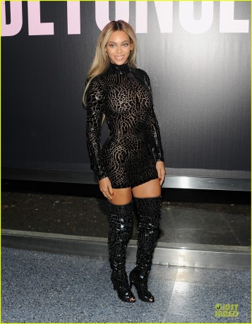 beyonce-metallic-black-for-beyonce-screening-release-party-01
