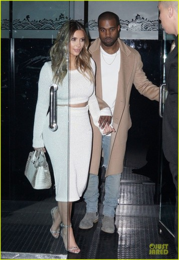 kim-kardashian-bares-midriff-for-dinner-with-kanye-west-06