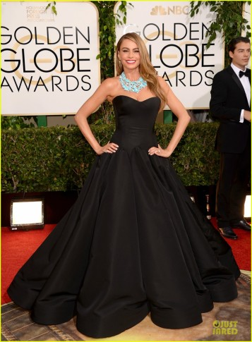 sofia-vergara-golden-globes-2014-red-carpet-03