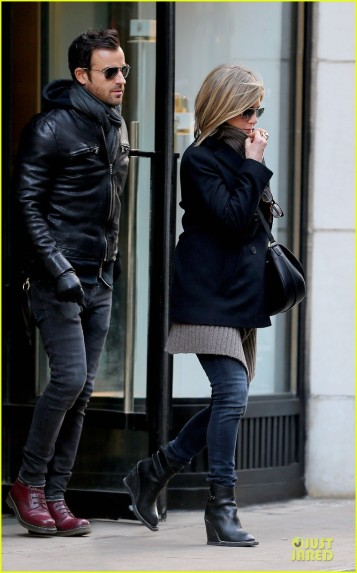 jennifer-aniston-justin-theroux-spotted-in-nyc-01