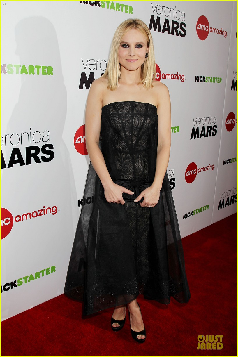 kristen bell chris lowell glam up the veronica mars nyc screening 01