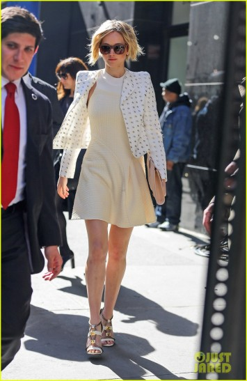 """Jennifer Lawrence spotted leaving the """" Good Morning America """" in New York City"""