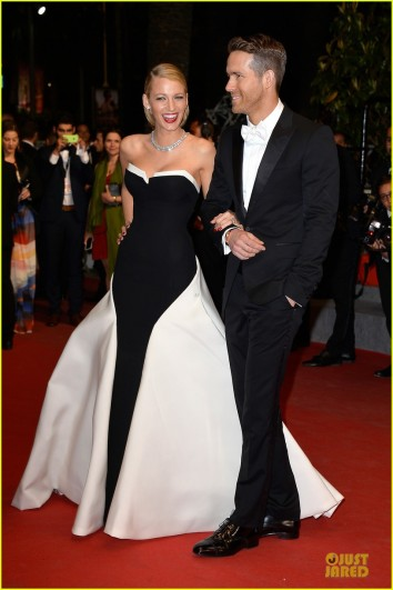 blake-lively-ryan-reynolds-captive-cannes-premiere-03