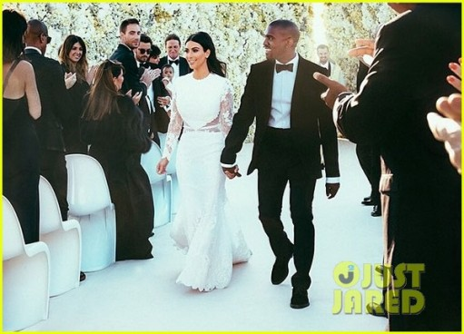 kim-kardashian-kanye-west-wedding-picture-01