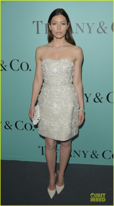 jessica-biel-hilary-swank-tiffany-co-store-launch-10