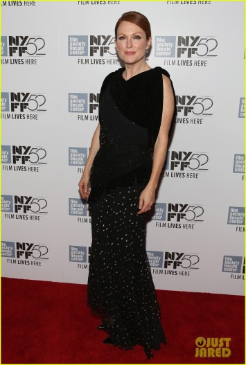 julianne-moores-nyff-dress-is-the-maps-to-the-stars-01