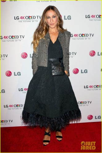 sarah-jessica-parker-meets-sam-smith-at-gala-01