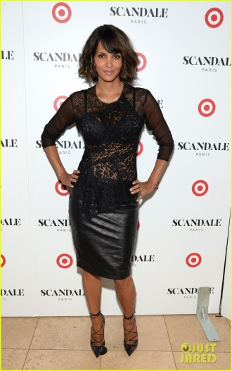 Halle Berry Scandale Paris Unveiling