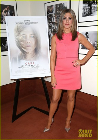 jennifer-aniston-dishes-on-how-she-gained-weight-for-cake-05