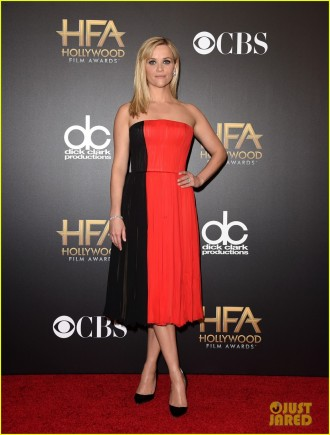 reese-witherspoon-hollywood-film-awards-2014-09