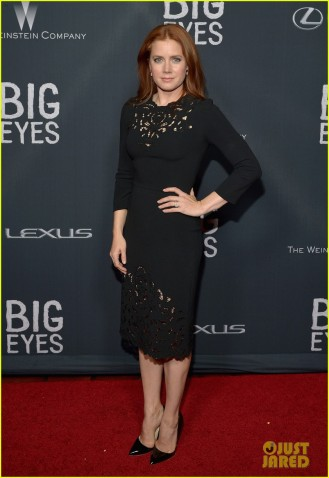 amy-adams-meets-up-with-the-real-margaret-keane-at-big-eyes-04
