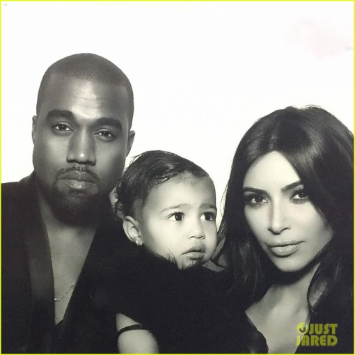 kim-kardashian-north-west-photo-booth-04