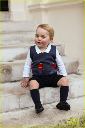 prince-george-new-baby-pics-02