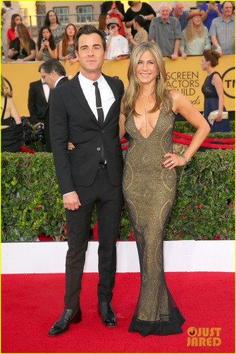 jennifer-aniston-gets-actor-speech-at-sag-awards-05