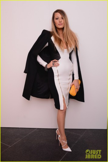 blake-lively-shows-off-post-baby-body-nyfw-05