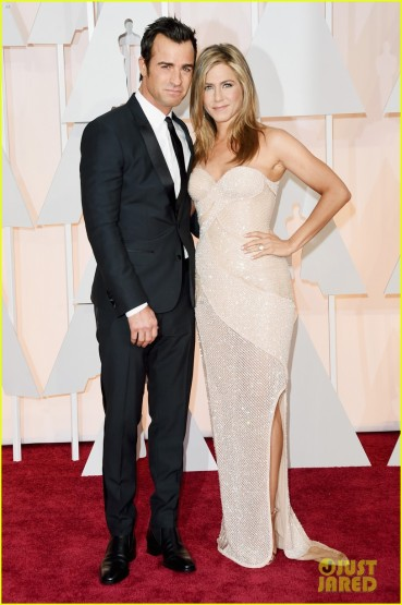 jennifer-aniston-justin-theroux-oscars-2015-01
