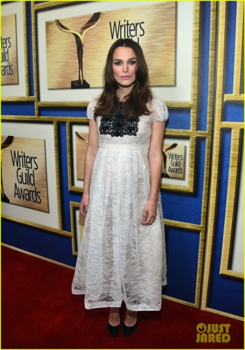 keira-knightley-writers-guild-awards-01