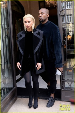 Kim Kardashian Shows Off Newly Platinum Blonde Locks