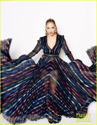 jennifer-lopez-has-some-epic-poses-for-latest-idol-dress-02