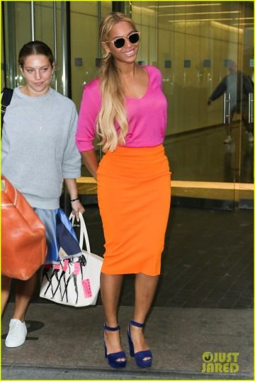 beyonce-shows-of-bright-style-nyc-05