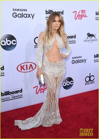 jennifer-lopez-billboard-music-awards-2015-05