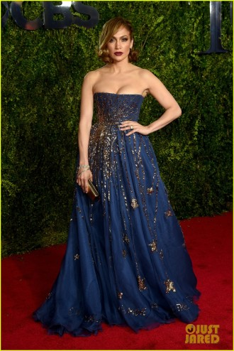jennifer-lopez-tony-awards-2015-04