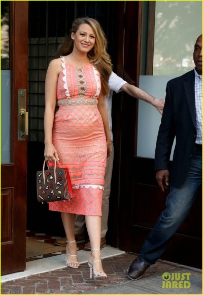 Pregnant Blake Lively Shows Off Her Baby Bump In NYC