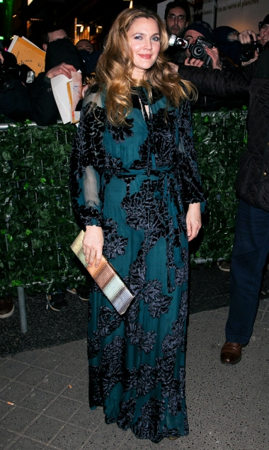 PARIS, FRANCE - JANUARY 18:  Actress Drew Barrymore arrives at 'C A Vous' TV show on January 18, 2017 in Paris, France.  (Photo by Marc Piasecki/GC Images) GC Images  687967075 631989960